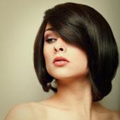 Femme aux cheveux gras