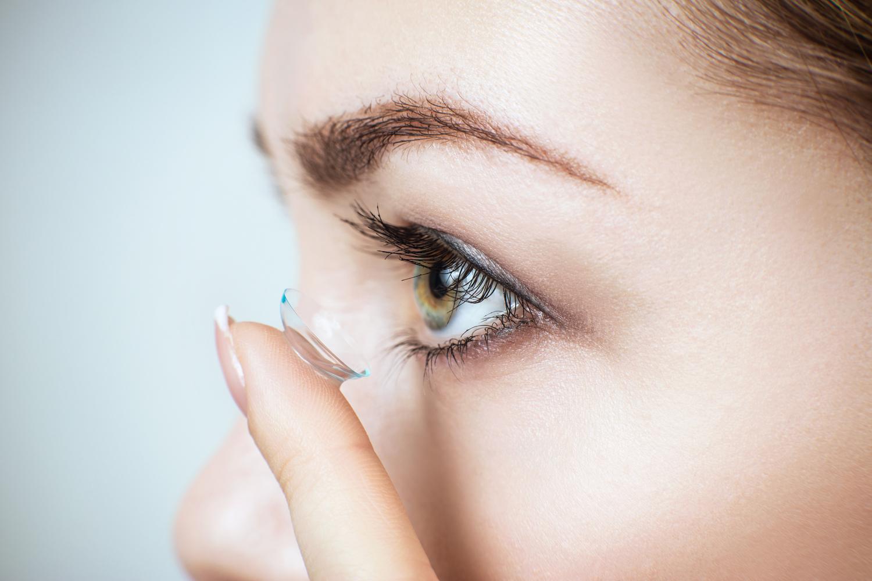 solutions lentilles contact yeux parapharmacie